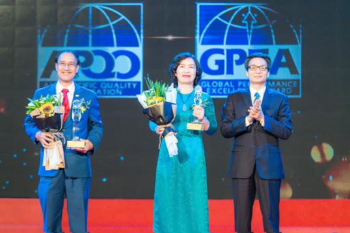 61 DN được tặng Giải thưởng Chất lượng Quốc gia năm 2020