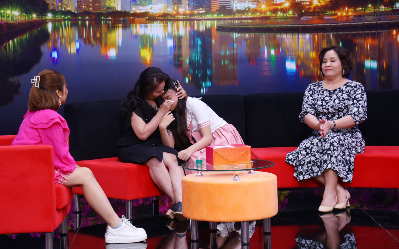 Tiến sĩ tâm lý Tô Nhi A khuyên chị em phụ nữ hãy lựa chọn cuộc sống để mình được hạnh phúc
