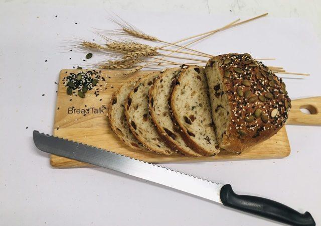 Dinh dưỡng lành mạnh với bánh lúa mạch nẩy mầm của Breadtalk